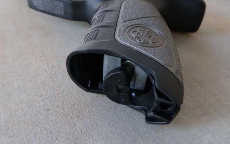 Beretta APX Blowback 6mm BB Pistol Airsoft Gun: Definitive Review (2021)